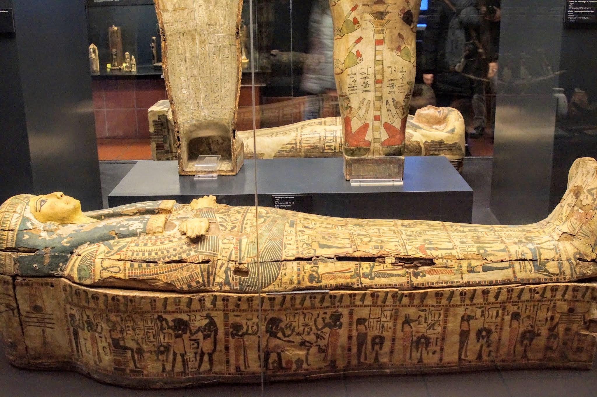 Αιγυπτιακές Σαρκοφάγοι στο Γρηγοριανό Αιγυπτιακό Μουσείο του Βατικανού (Φωτογραφία: Νίκος Πράσσος)