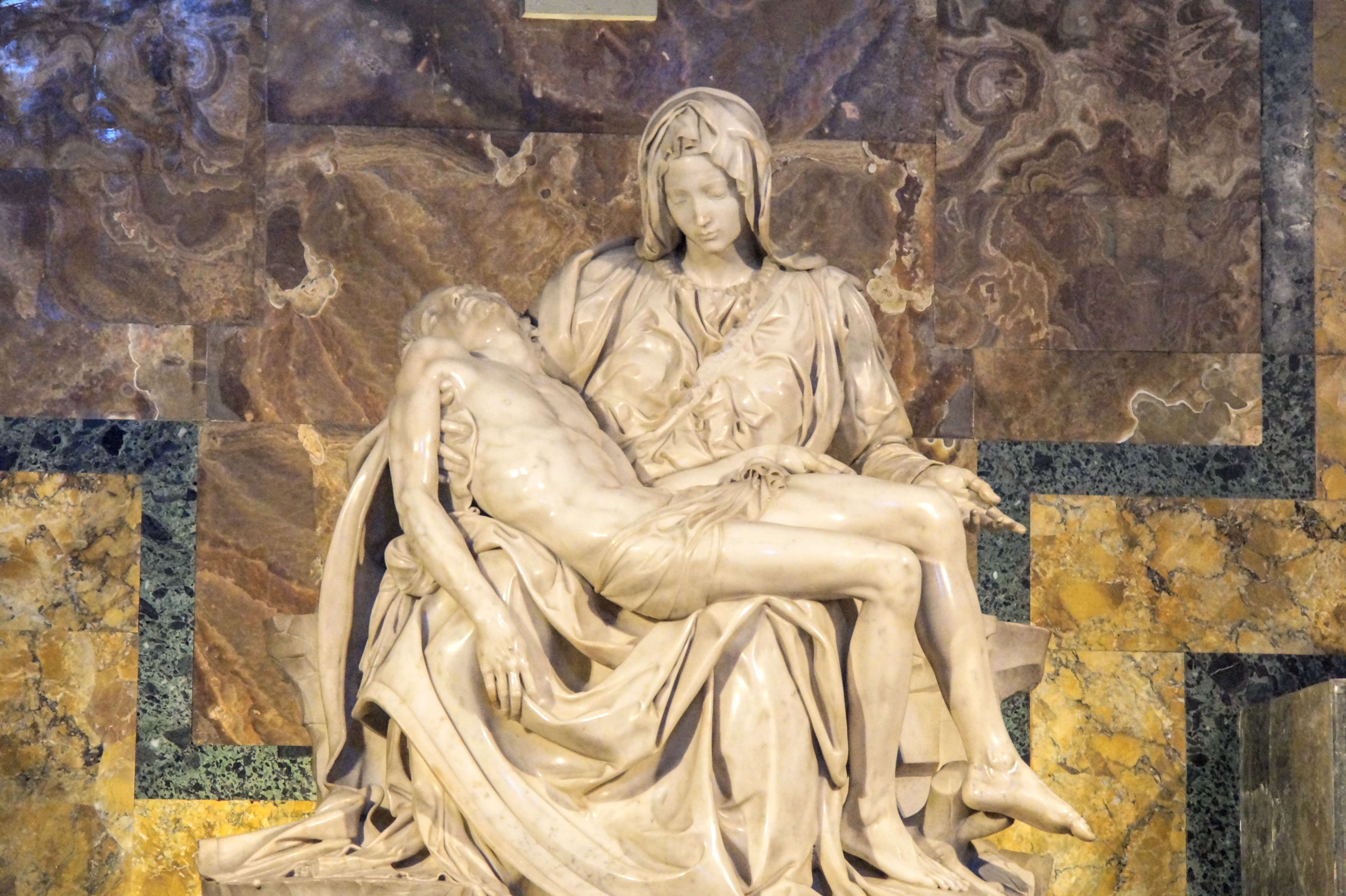 """Η διάσημη Pietà (""""Αποκαθήλωση"""") του Μιχαήλ Άγγελου (Φωτογραφία Νίκος Πράσσος)"""