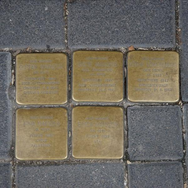 Stolpersteins, Frankfurt (photo by NikosPrassos)